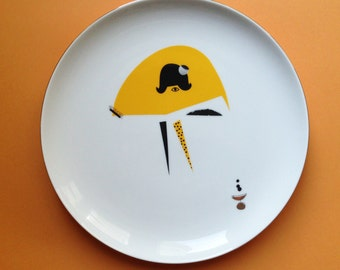 Yellow skirt - illustrated plate