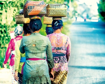 Fine Art Print, Bali, Bali women going home from market