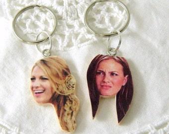 Blair Waldorf and serena vanderwoodsen BFF keychains - blair and serena - BFF jewelry - gossip girl jewely - gossip girl keychains