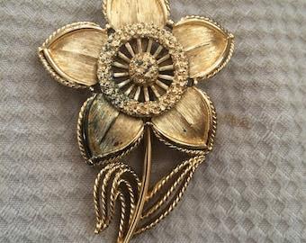 vintage monet gold flower brooch