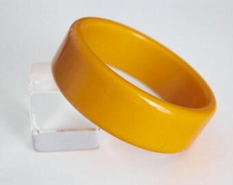Smooth Mustard Yellow Bakelite Bangle