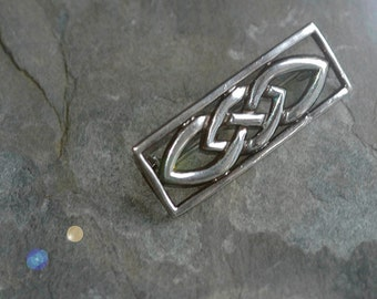 Celtic Knotwork Brooch Pin in Solid Sterling Silver - 7.6g vintage item - Giftboxed and posted from Ireland