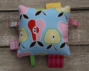 Mini sensory plush, handling tags toy, fabric baby toy.