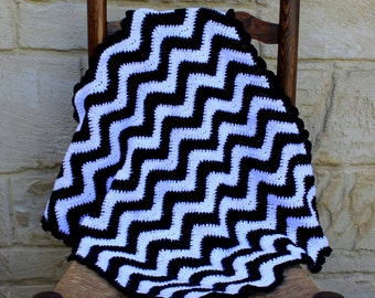 Baby blanket, handmade, crocheted blanket for babies in black and white