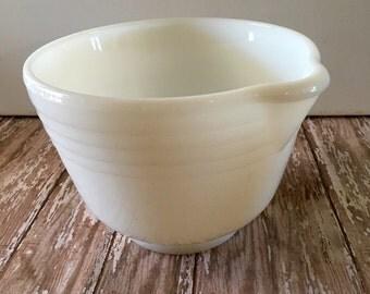 Vintage Pyrex Hamilton Beach #1 Mixing Bowl Replacement Bowl for Hamilton Beach Mixer Mixing Bowl with Spout Milk Glass Mixing Bowl