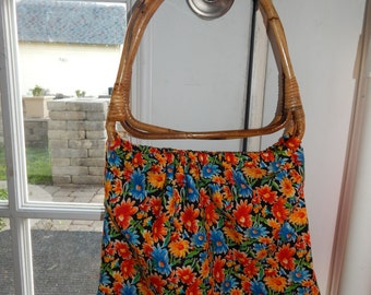 Flower Print Purse; Purse with Wooden Handles; Unique Purse; Tote bag with Wooden Handles; Flower Print Bag