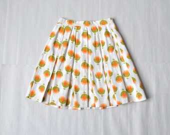50s floral handmade pleated skirt / size XS-S / white with orange flowers