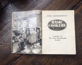 Cookbook. Good Housekeeping's Cookery Compendium 1952. Basic Cookery in Pictures. Gift Idea Mum, Dad, New Home, Fathers Day