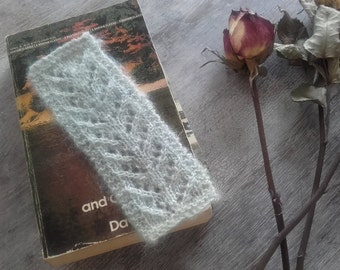 Handknitted Lace Bookmark