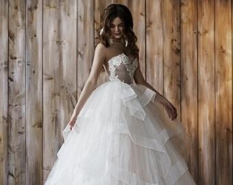 Wedding dress 2 in 1, ball gown, short wedding dress