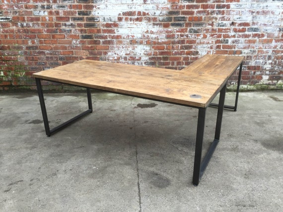 l shaped desk industrial style with reclaimed by 101furniture. Black Bedroom Furniture Sets. Home Design Ideas