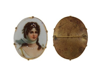 Vintage / Estate Porcelain Portrait Brooch of Queen Louise of Prussia