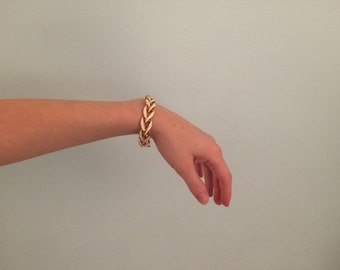 Vtg 80's gold and cream link bracelet