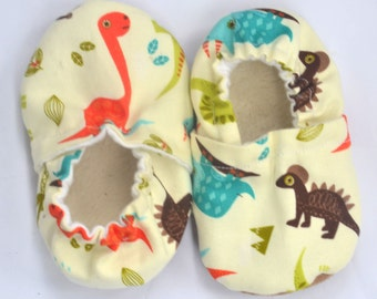 Dinosaur baby shoes soft sole shoes dinosaur baby booties dinosaur baby birthday gift shoes with dinosaurs toddler shoes dinosaur slippers