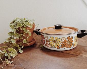 Vintage 60s Flower Power Pot