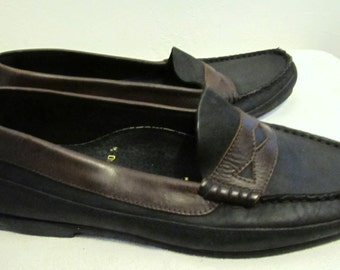 Men's Vintage 80's 2 Tone,Black & Brown PENNY LOAFERS by LEVI'S.10M