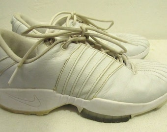 Men's,White Vintage RETRO AIR Cross Training Sneakers By NIKE.8.5