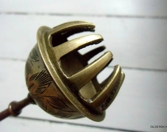 Vintage Claw Brass India Bell vintage handbell clawn hand bell brass clawn bell elephant handle bell clawn bell vtg brass bell H05/222