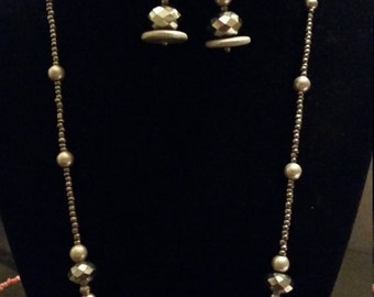Gray Area by Just Jewels Designs is a classy but simple  design. Its just right for that special occasion.