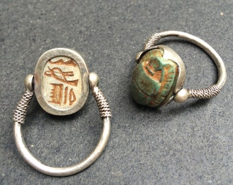 Stone scarab beetle hinged silver ring - Ancient Egypt