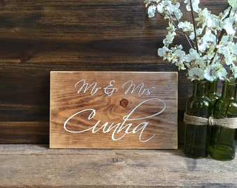 Mr & Mrs Rustic Wood Wedding Sign / Rustic Home Decor Sign Just Married Sign Wedding Gift Wedding Decor Engagement Anniversary