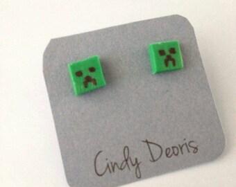 Minecraft's Creeper earrings