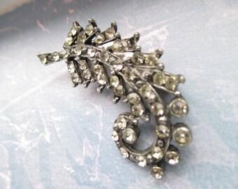 Vintage brooch rhinestone pin feather or leaf