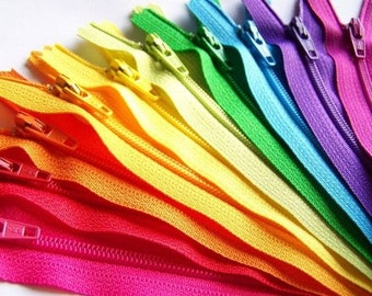 100 YKK Nylon Zippers 14 Inches Coil #3 Closed Bottom Assorted Colors (100 zippers)