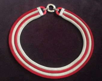 Vintage Red and Whitish/Beige  Enamel Mesh Tube Necklace 0611