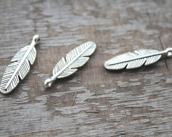 20pcs--Feather Charms Antique Tibetan Silver Tone 2 Sided feather pendants/charms30x9mm D1139
