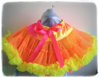 """Pettiskirt """"neon sunrise"""" extra full and fluffy. To fit 6-8 year olds, tutu, orange, yellow and pink!"""