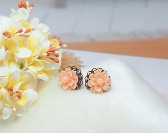 Lace Filigree Blush Peach Flower Post Earrings. Rose Flower Wedding Bridal Earrings, Bridesmaid Gift