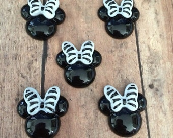 Minnie Mouse resins- set of 5