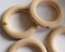 Wooden teether 3,7 cm- houten bijtring 3,7 cm