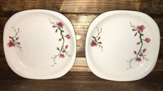SAVE 25% WITH CODE: SAVE25 Vintage Lot/2 1963 Syracuse Square Shaped in Berkeley Cherry Blossom Pattern