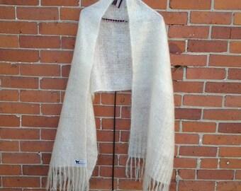 Dog's Wool Shawl / White Shawl Made of Dog Wool