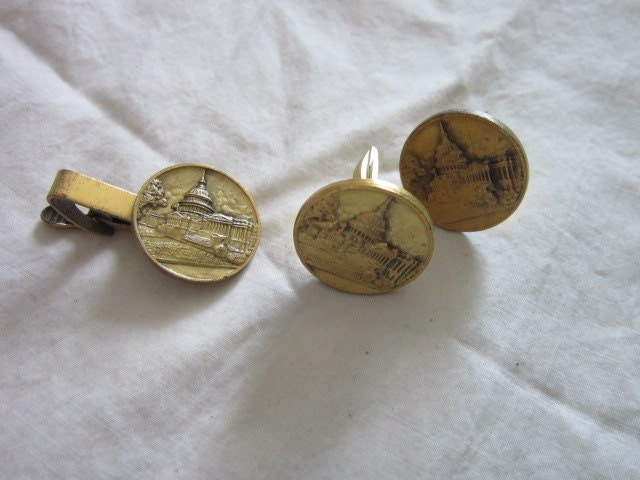 Vintage Artcraft Mens Cuff Links & Tie Clasp Set Cornerstone