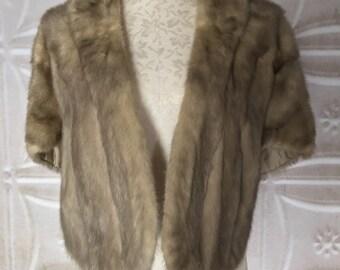 1940s fur cape capelet shawl shrug