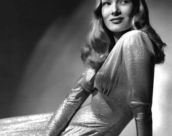 Veronica Lake This Gun For Hire Hollywood Poster Art Photo Artwork 11x14 16x20 or 20x24