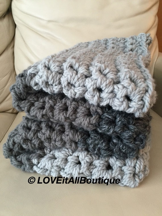 sale chunky wool blanket crochet blanket by loveitallboutique. Black Bedroom Furniture Sets. Home Design Ideas
