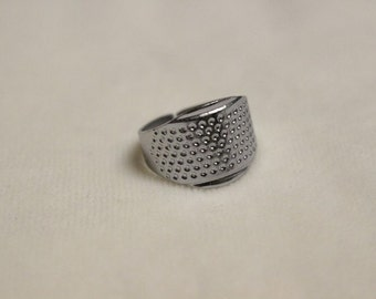 Adjustable Metal Ring Thimble. Australian Seller. Fast shipping.