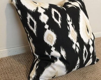 Black, white, and cream pillow// decorative pillow// home decor// down alternative// contemporary