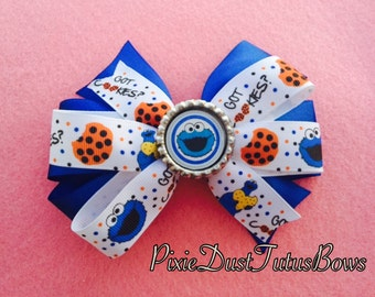 COOKIE MONSTER Bow