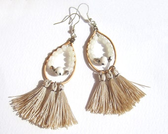 Beige Fringe Earrings, Tassel Earrings, Tribal Earrings, Boho Earrings, Yarn Earrings,  Folk Earrings, Hippie Style, Leather Earrings