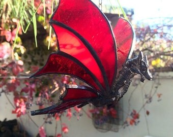 Suncatcher dragon, Stained glass dragon, suncatcher dragon, geeky home decoration, red dragon, window decor, 3D stained glass art