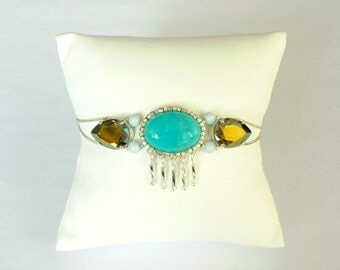 Embroidered bracelet with crystal and Amazonite stones