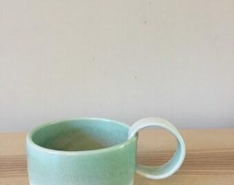 Ceramic cups (stoneware)