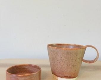 Ceramic coffee cup (stoneware)