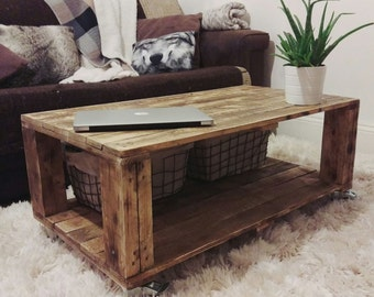AHVIMA Industrial Pallet Coffee Table Made Of Reclaimed Timber