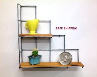 Corner stair step shelf/Shelving//Shelves//Wire//Wood/